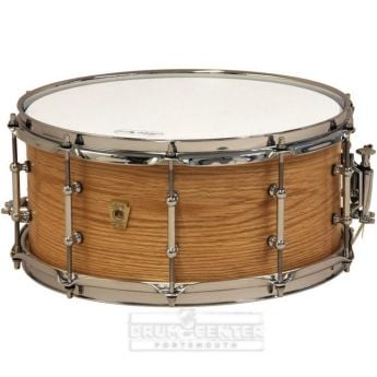 Ludwig Classic Maple Snare Drum 14x6.5 Satin Natural Oak