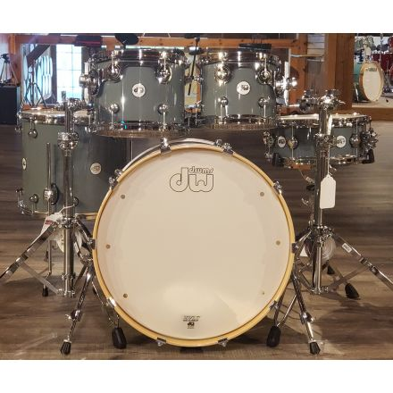 DW Design 5pc Drum Set Steel Gray 22/10/12/16/14 DEMO MODEL