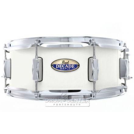 """Pearl Decade Maple 14""""x5.5"""" Snare Drum - White Satin Pearl"""