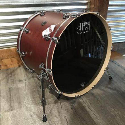 DW Performance Bass Drum 24x18 Satin Tobacco
