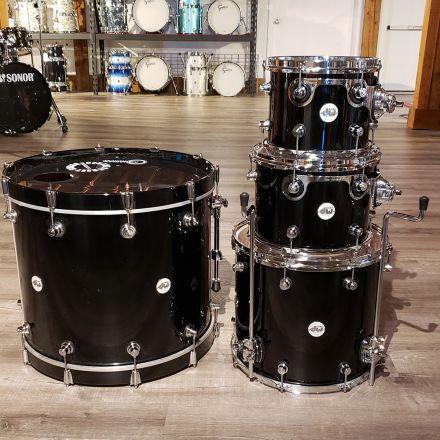 Used DW Design 4pc Drum Set Piano Black
