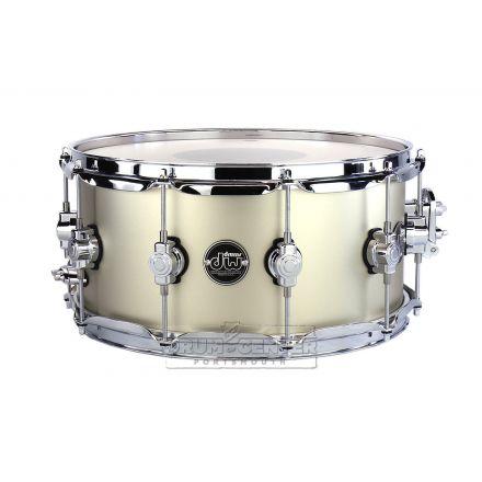 DW Performance Series 14x6.5 Snare Drum - Hard Satin Gold Mist