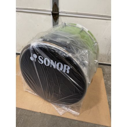 Sonor Essential Force Bass Drum with Mounting Bracket - 22x17 - Green Fade - Blowout Deal!