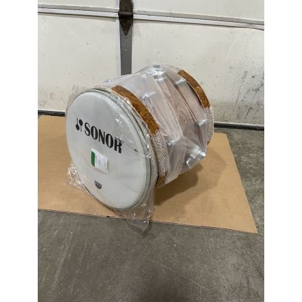 Sonor Delite Bass Drum with Mounting Bracket - 18x14 - Walnut Roots - Blowout Deal!