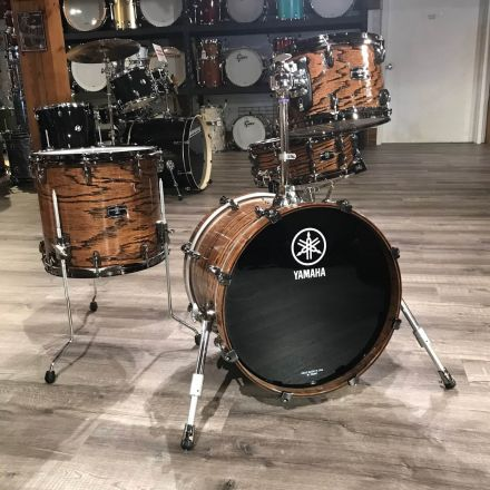 Used Yamaha Live Custom Hybrid 4pc Jazz Drum Set Uzu Natural