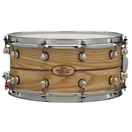 Pearl Music City Custom Solid Ash 14x6.5 Snare Drum - Natural With Kingwood Inlay