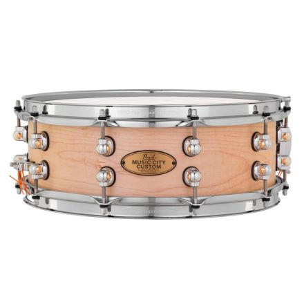 Pearl Music City Custom Solid Maple 14x5 Snare Drum - Hand-Rubbed Natural