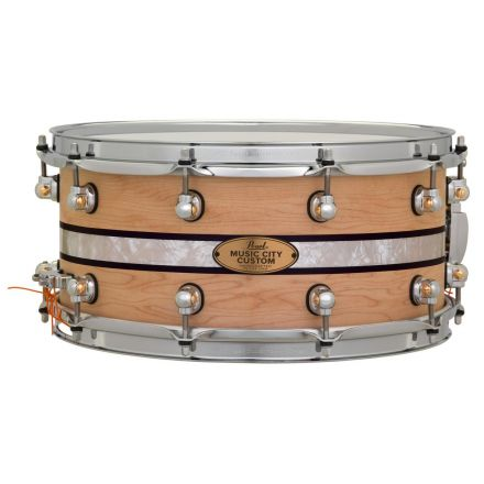 Pearl Music City Custom Solid Maple 14x6.5 Snare Drum - Natural With Duoband Ebony Marine Inlay