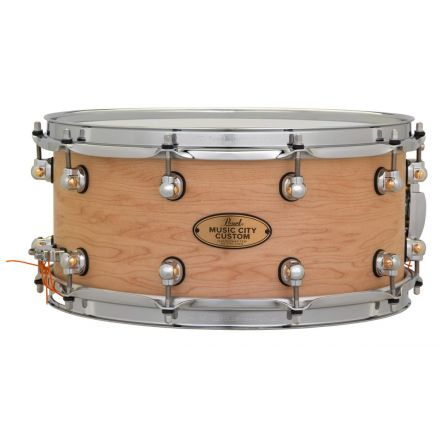 Pearl Music City Custom Solid Maple 14x6.5 Snare Drum - Hand-Rubbed Natural