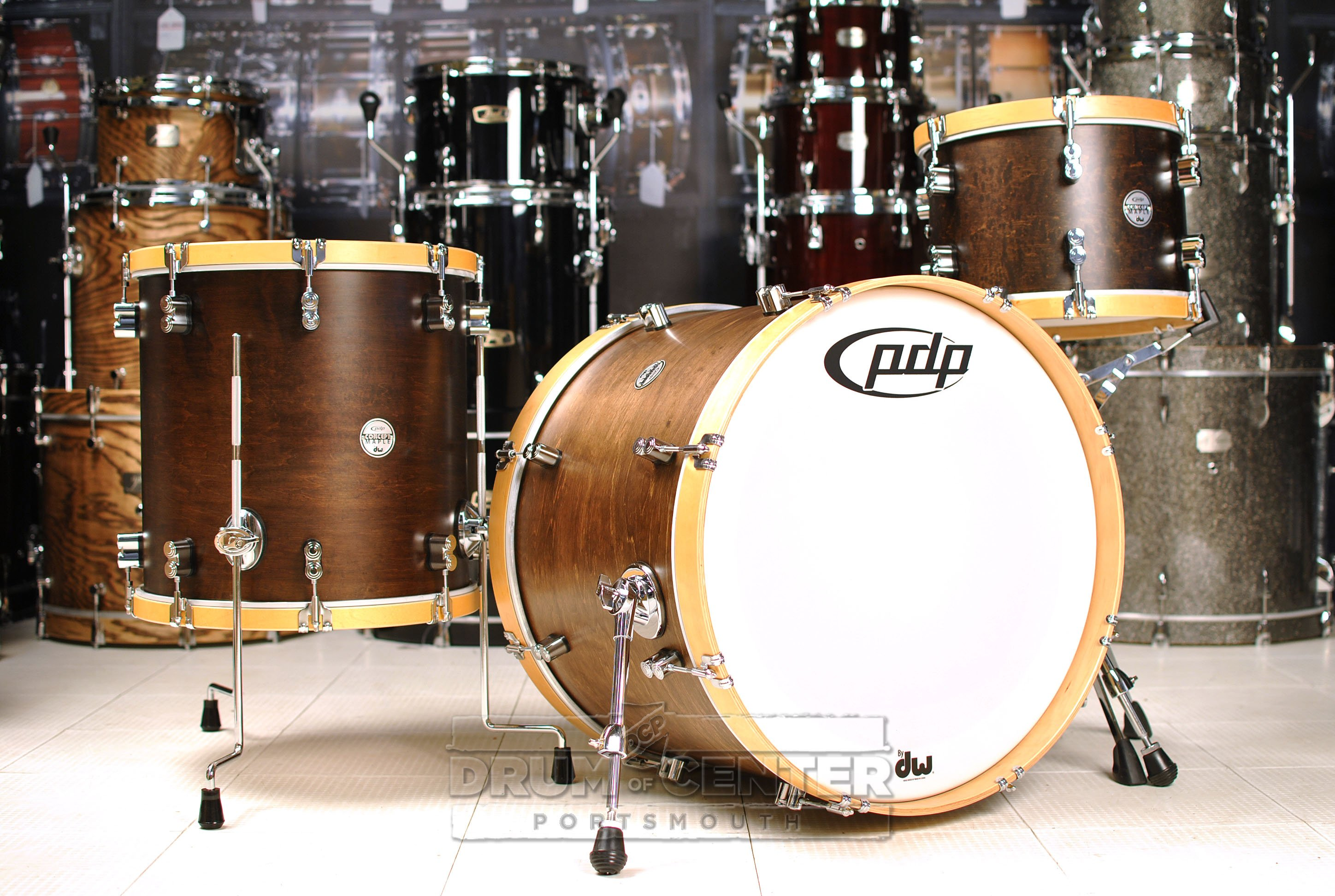 pdp concept maple classic 3pc drum set 22 13 16 tobacco w natural wood hoops