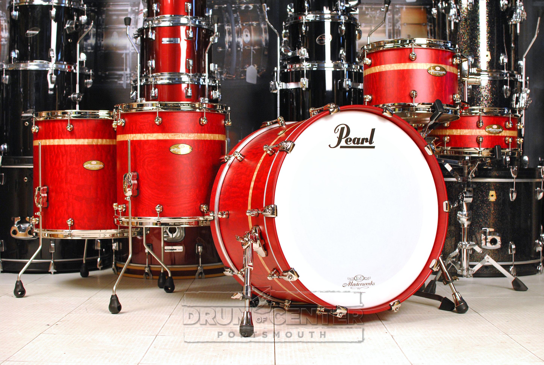 Pearl Masterworks 5pc Drum Set Matte Red Tamo Ash