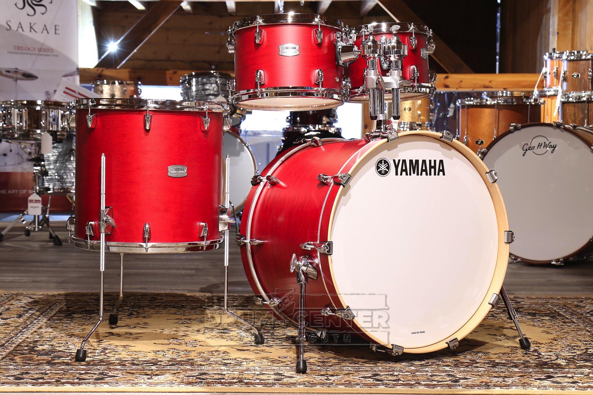 yamaha tour custom maple 4pc drum set 22 10 12 16 candy apple satin 889025112710 ebay. Black Bedroom Furniture Sets. Home Design Ideas